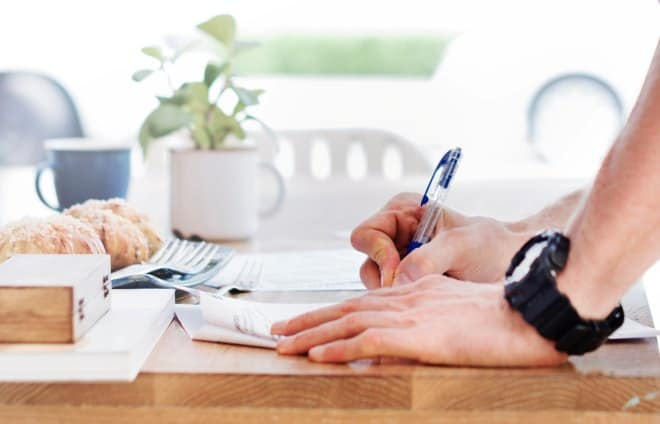 person signing operating agreement paperwork