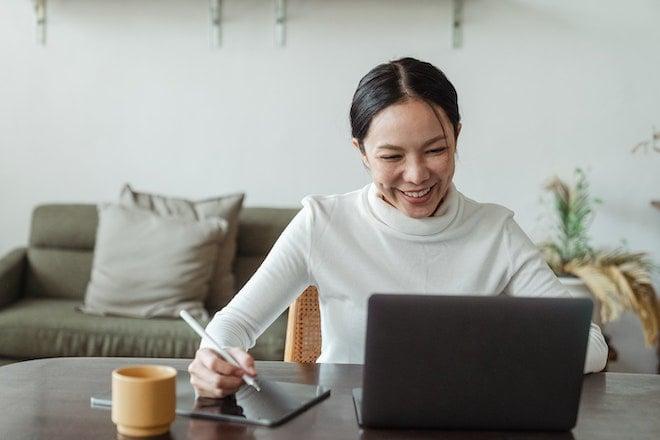 woman hiring remotely on laptop