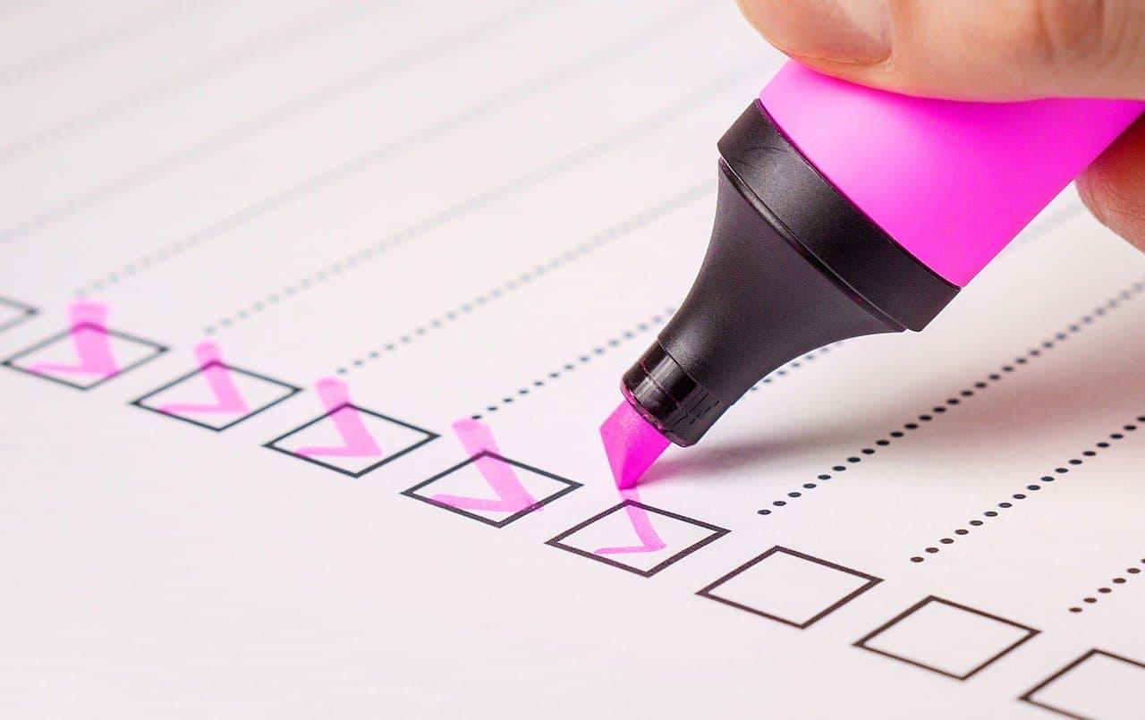 marking off a time management checklist