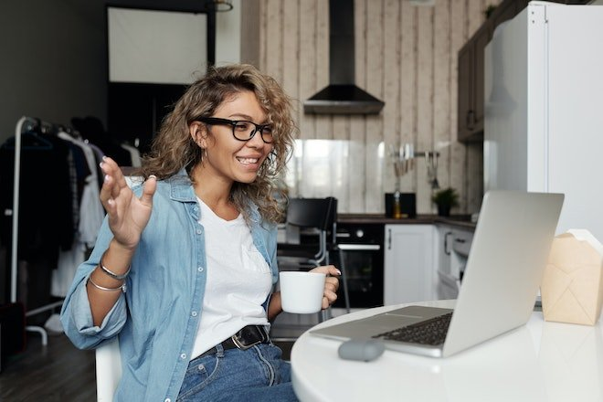 How Business Owners Can Stay Socially Connected While Staying Socially Distant